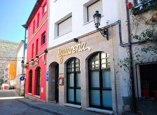 Hotel-iguarena-edificio