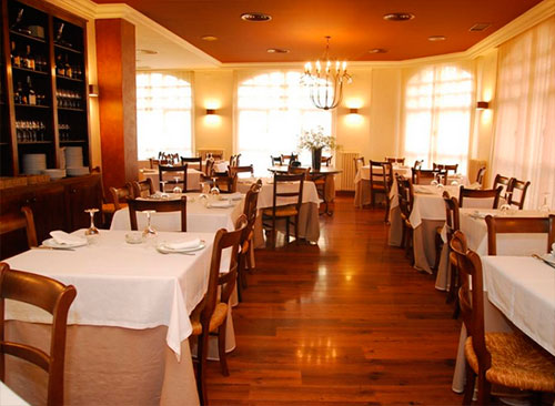 Hotel-iguarena-restaurante